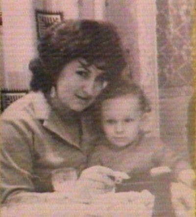 Дмитрий Нагиев с мамой в детстве фото смотреть